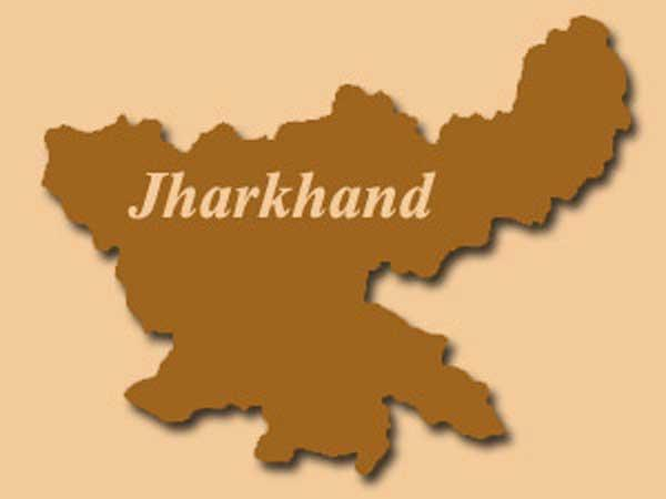 Bees,Naxals disrupt polling in Jharkhand