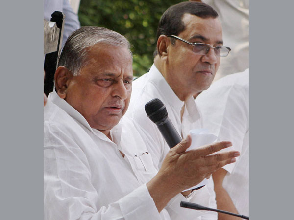 Mulayam not sorry for Rape remark