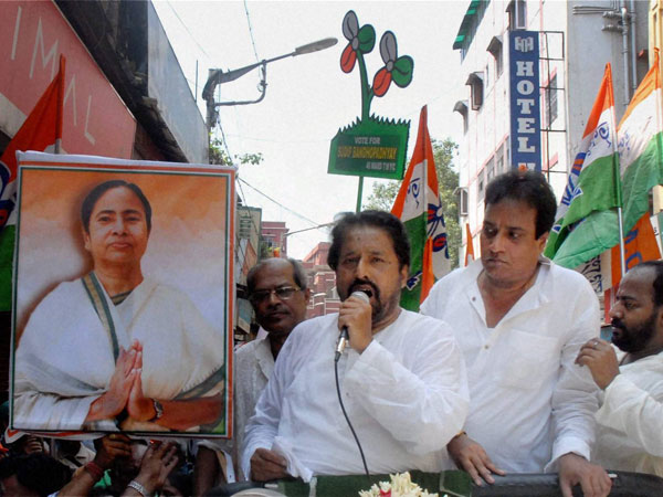 TMC candidate Sudip Bandyopadhay addresses voters