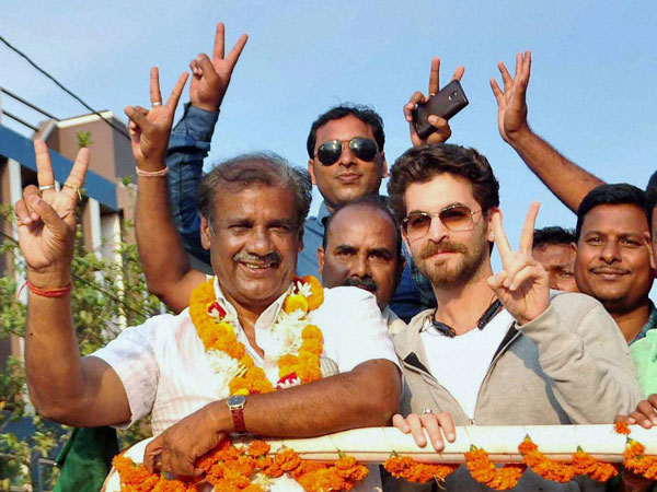 Bollywood actor Niel Nitin Mukesh campaigns