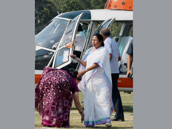 Mamata Banerjee arrives for an election campaign