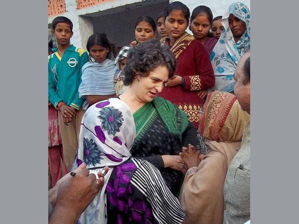 Priyanka campaigns in Rae Bareli