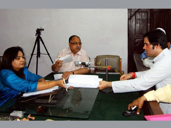 Varun files nomination from Sultanpur