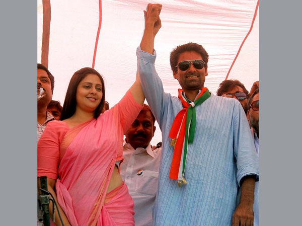 Nagma during an election campaign