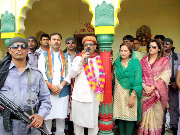Amar Singh with party leader Jaya Prada at an election meeting
