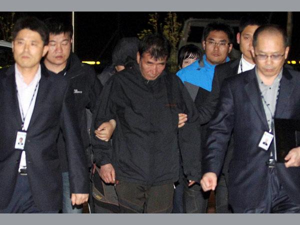 S Korea ferry captain arrested