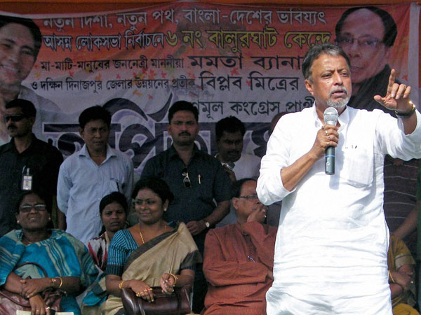 Mukul Roy addresses an election rally at Tapan