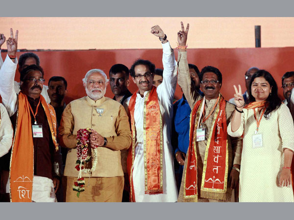 Narendra Modi and Shiv sena President Uddhav Thackeray