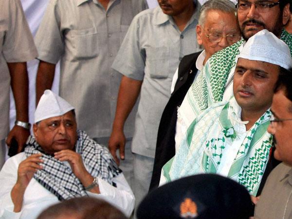 Mulayam Singh Yadav with son Akhilesh