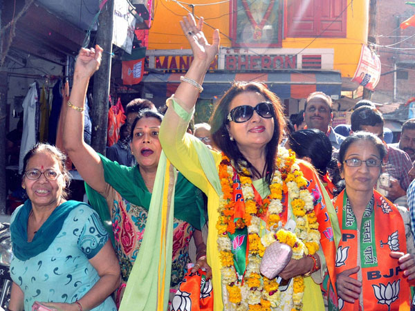 Poonam Dhillon during an eletion campaign