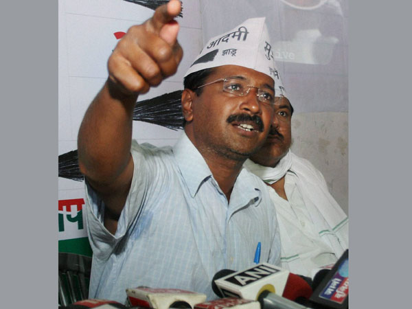 Arvind Kejriwal lashes at BJP, Congress