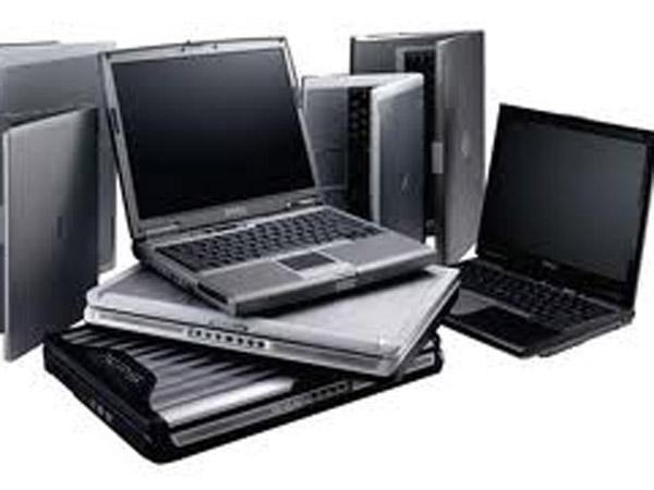 K'taka govt backs out on Laptop promise