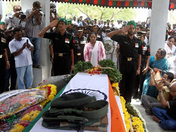 Slain army major's body reaches Chennai