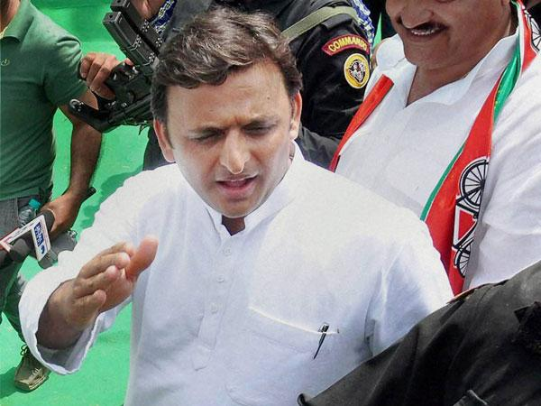 "Now UP CM Akhilesh calls Mayawati ""buaji"""