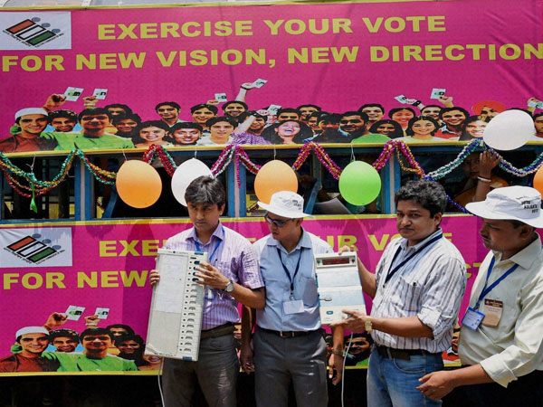 Election Commission officials decorated a tram with voter-awareness