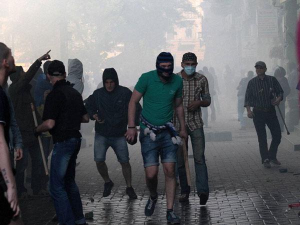 Odessa clashes: Ukraine accuses Russia