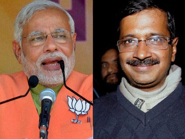 Kejriwal hits out at Narendra Modi
