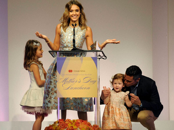 Actress Jessica Alba accepts her Mother of the Year award