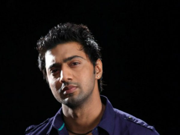 Actor Dev left red-faced in WB