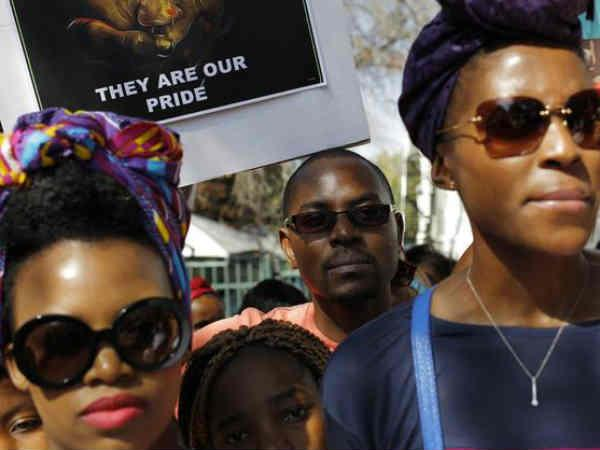 Nigerian women protest