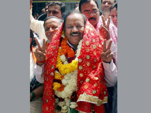 BJP sweeps Delhi in all 7 LS seats