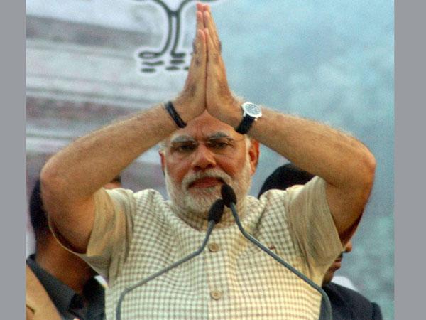 Cong, BJP leaders congratulate Modi