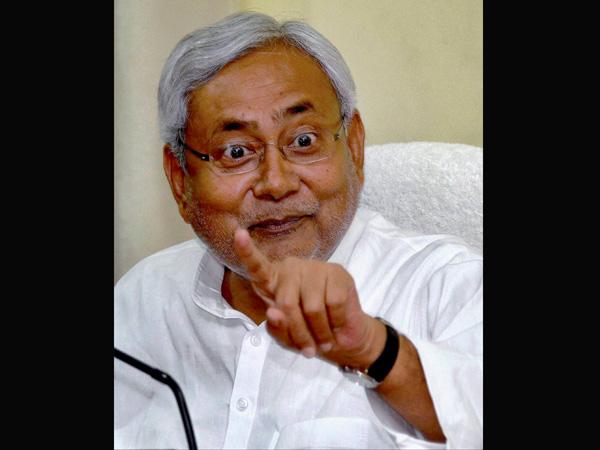 Nitish Kumar sticks by his resignation