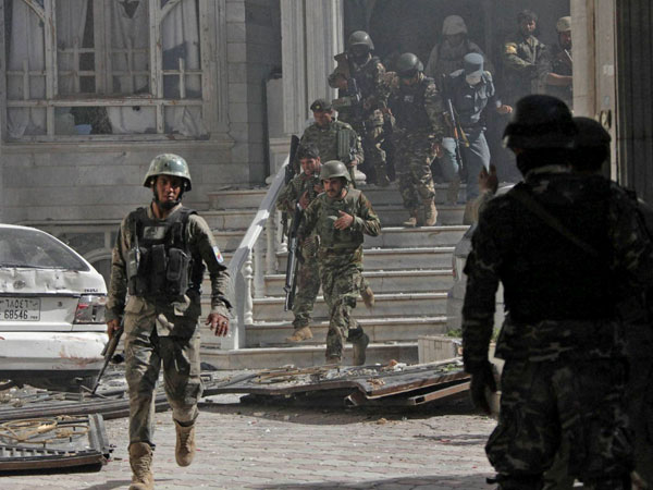 Pak condemns attack on Indian consulate