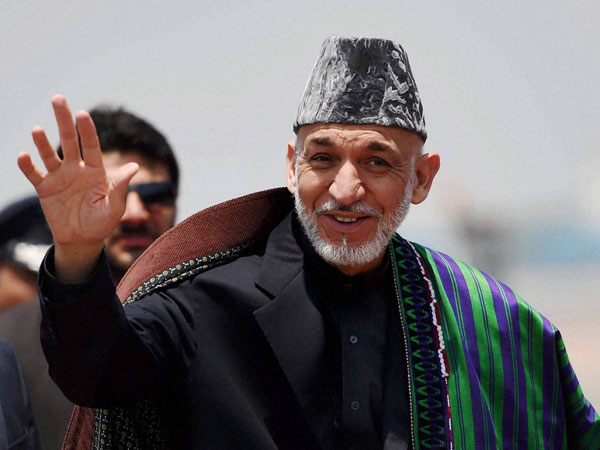 Afghanistan President Hamid Karzai arrives at AFS Palam