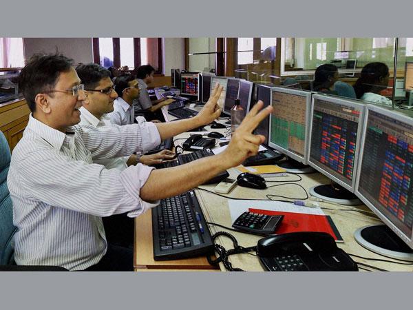 Sensex regains 25,000 mark