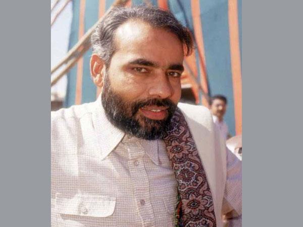 biography of narendra damodardas modi