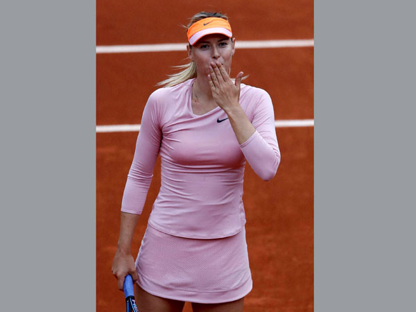 Sharapova defeats Pironkova
