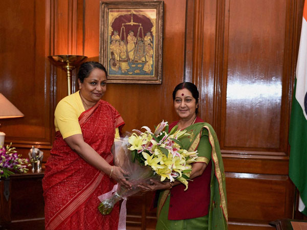 Sushma Swaraj being greeted by the Foreign Secretary Sujatha Singh
