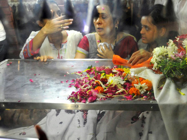 Munde's body brought home for last rites