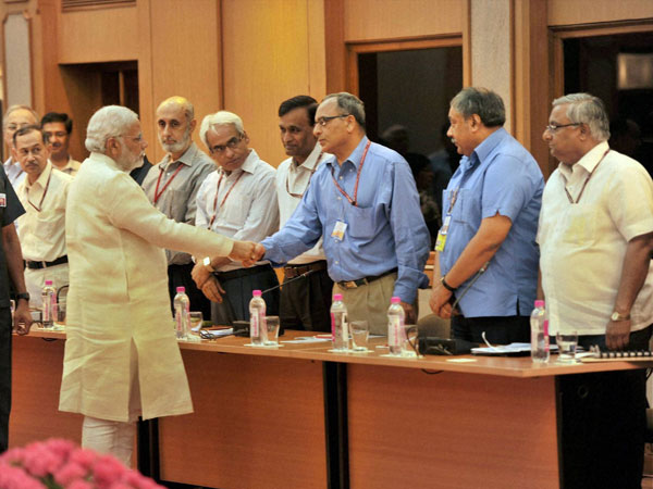 Narendra Modi meets secretaries