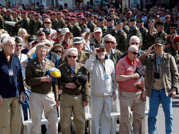 World War II veterans commomerate 70th D-Day anniversary