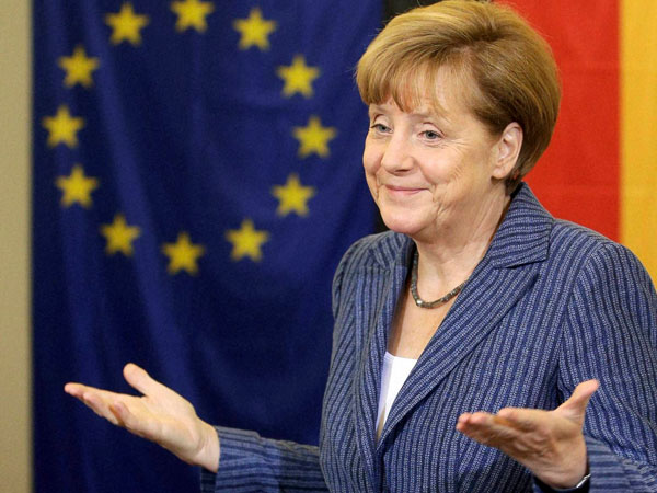 Merkel elnds support to Ukraine