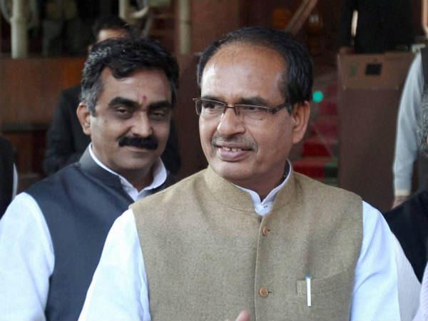 Chouhan calls on Narendra Modi