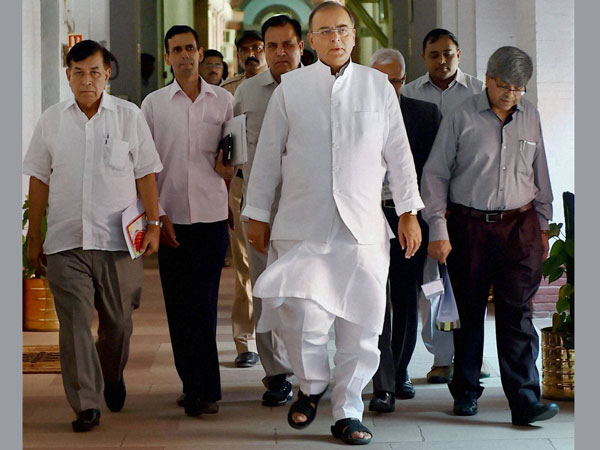 Union Finance Minister Arun Jaitley arrives for a pre-Budget meeting