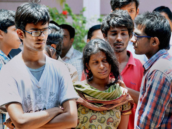Friends of Gampala Aishwariya, one of the students died