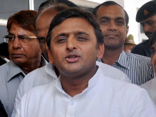 Akhilesh continues to defend himself