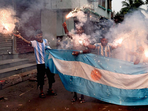 Argentina supporters celebrate the team's victory