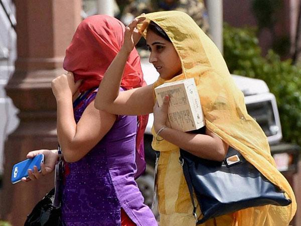 Hot day awaits Delhi