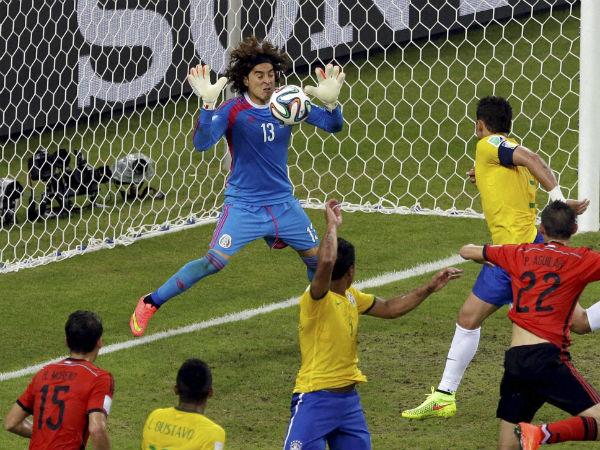 mexico-goalkeeper