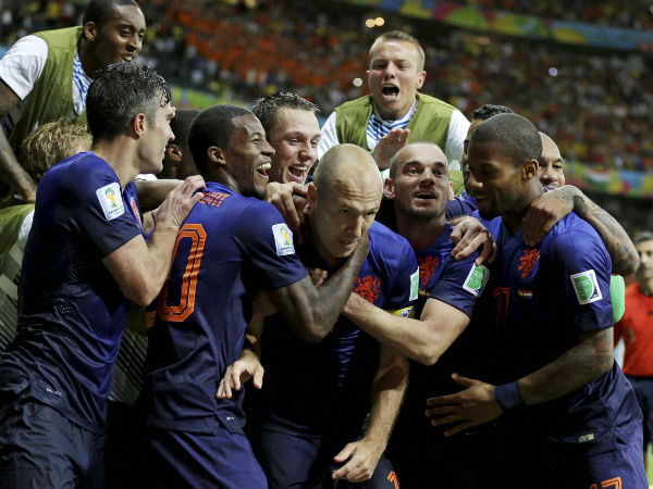 dutch-players-celebrate-their-victory-against-spain-in-a-wc-2014-match