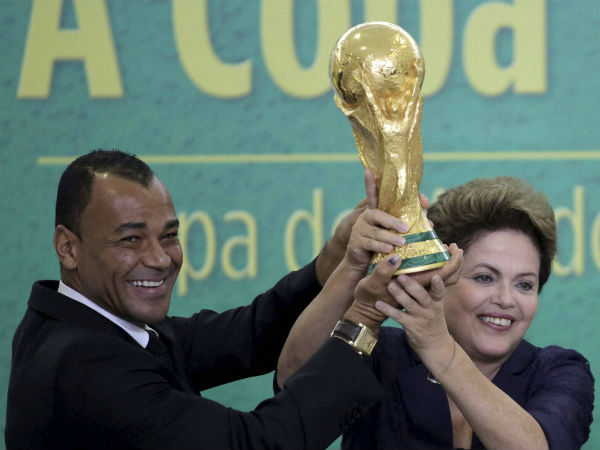 brazil-president-rousseff-with-fifa-wc