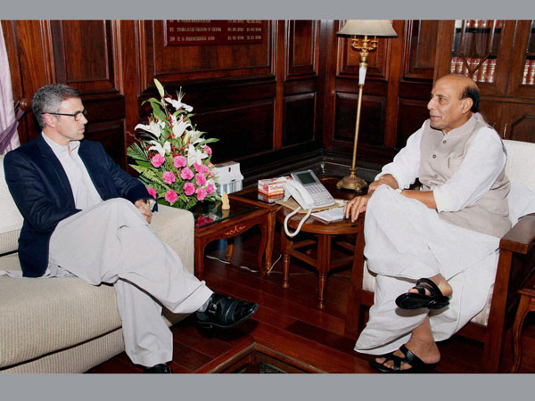 Union Home Minister Rajnath Singh meets Chief Minister of Jammu & Kashmir
