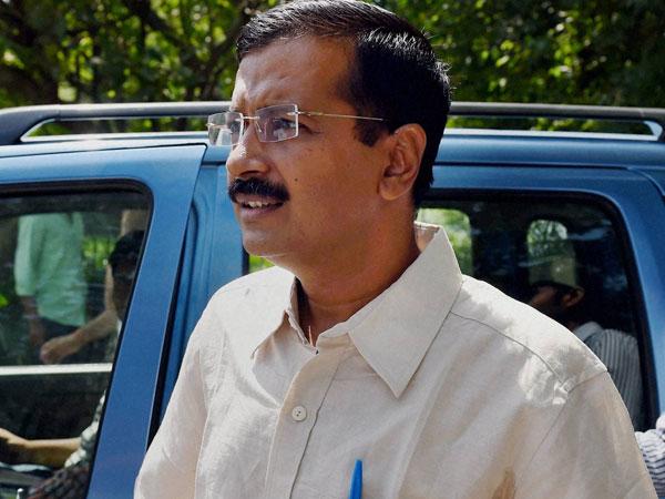 Delhi: Kejriwal addresses party workers