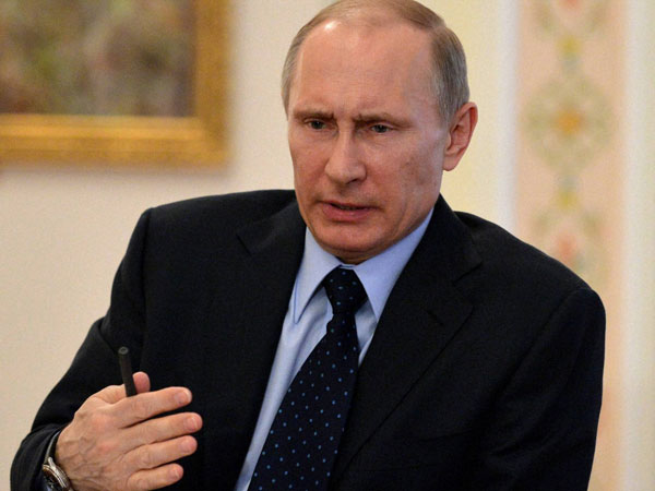 Putin hopes for dialogue in Ukraine