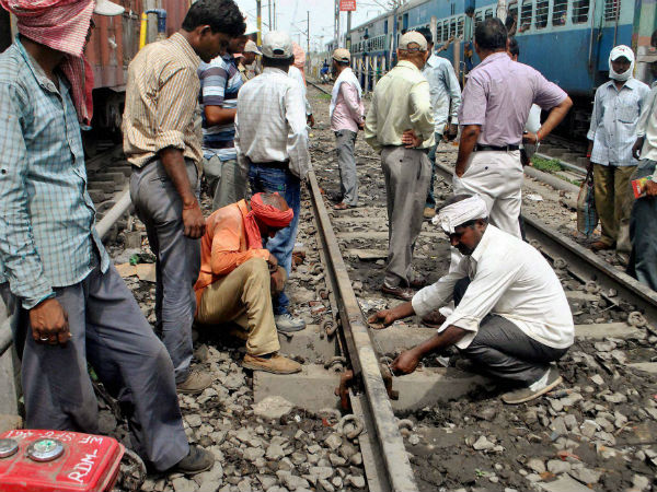 Delhi-Dibrugarh Rajdhani Express mishap averted after rail fracture detected